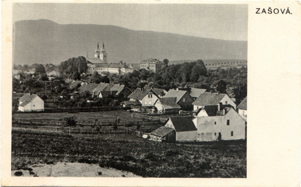 1936 POHLEDNICE ZAŠOVÁ (nákladem A.Borovičky) pohled na kostel a klášter