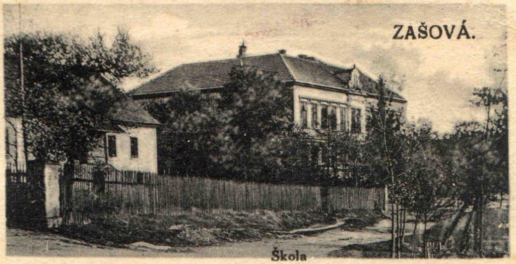pohlednice-zasova-skola