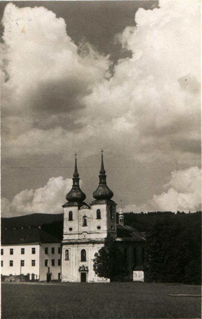 03-kostel-1955